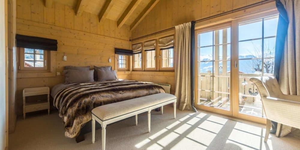 Luxury real estate in Switzerland Chalet Belvarde bedroomVerbier