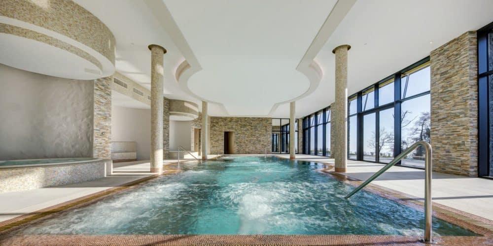 Luxury real estate in Switzerland Pelerin Palace swimming pool