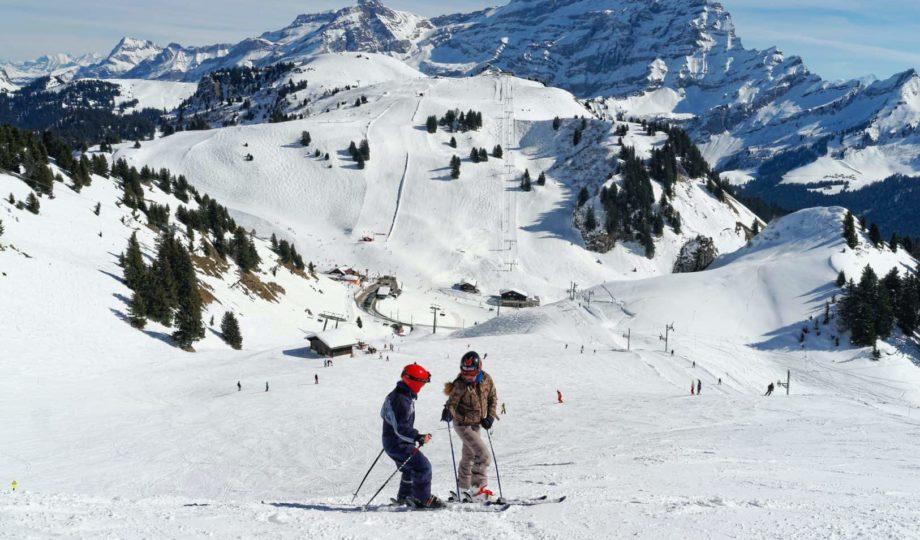 Villars 11 skiiing